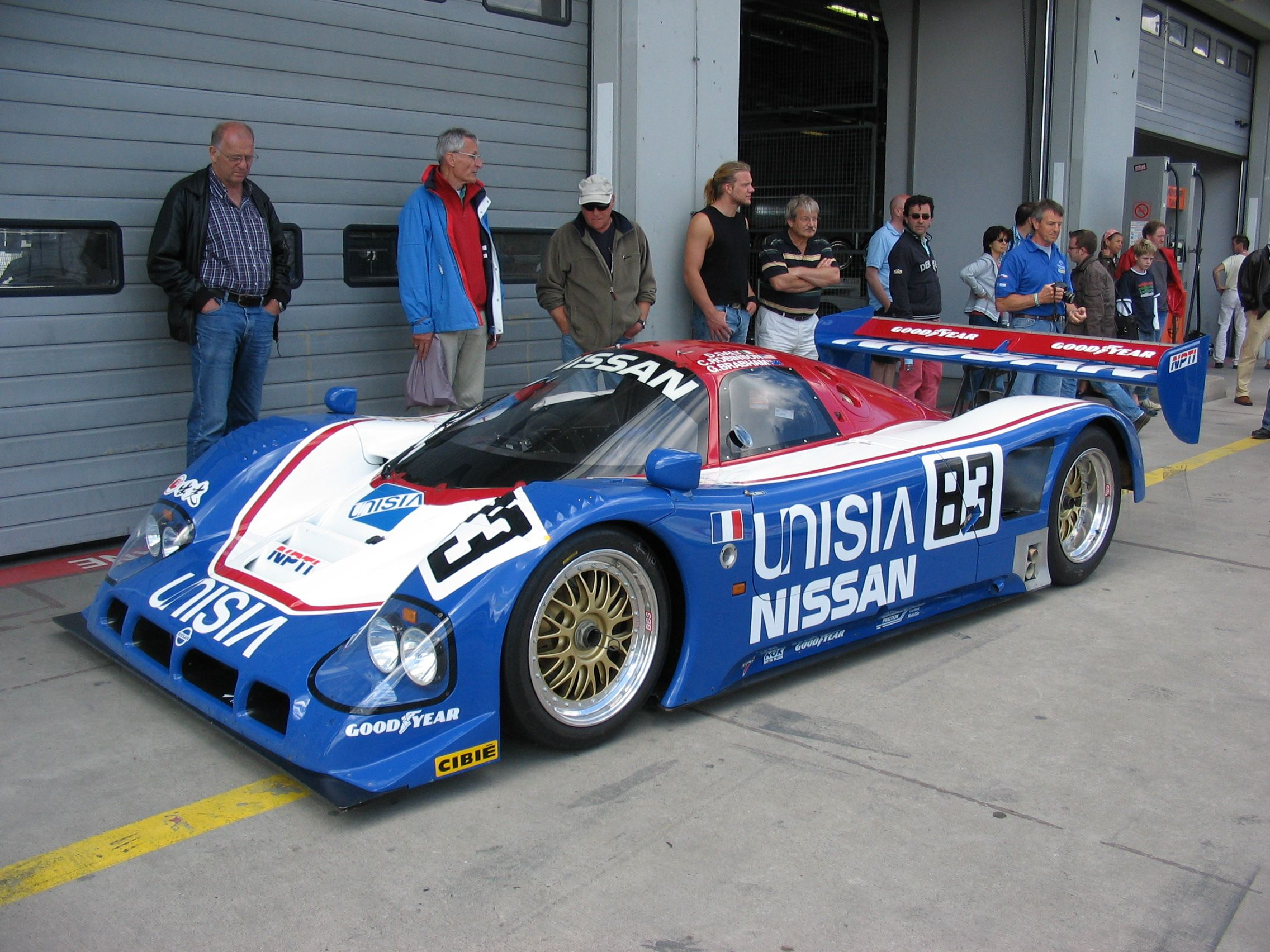 Nissan R90CK | Lemans car, Sports car, Nissan
