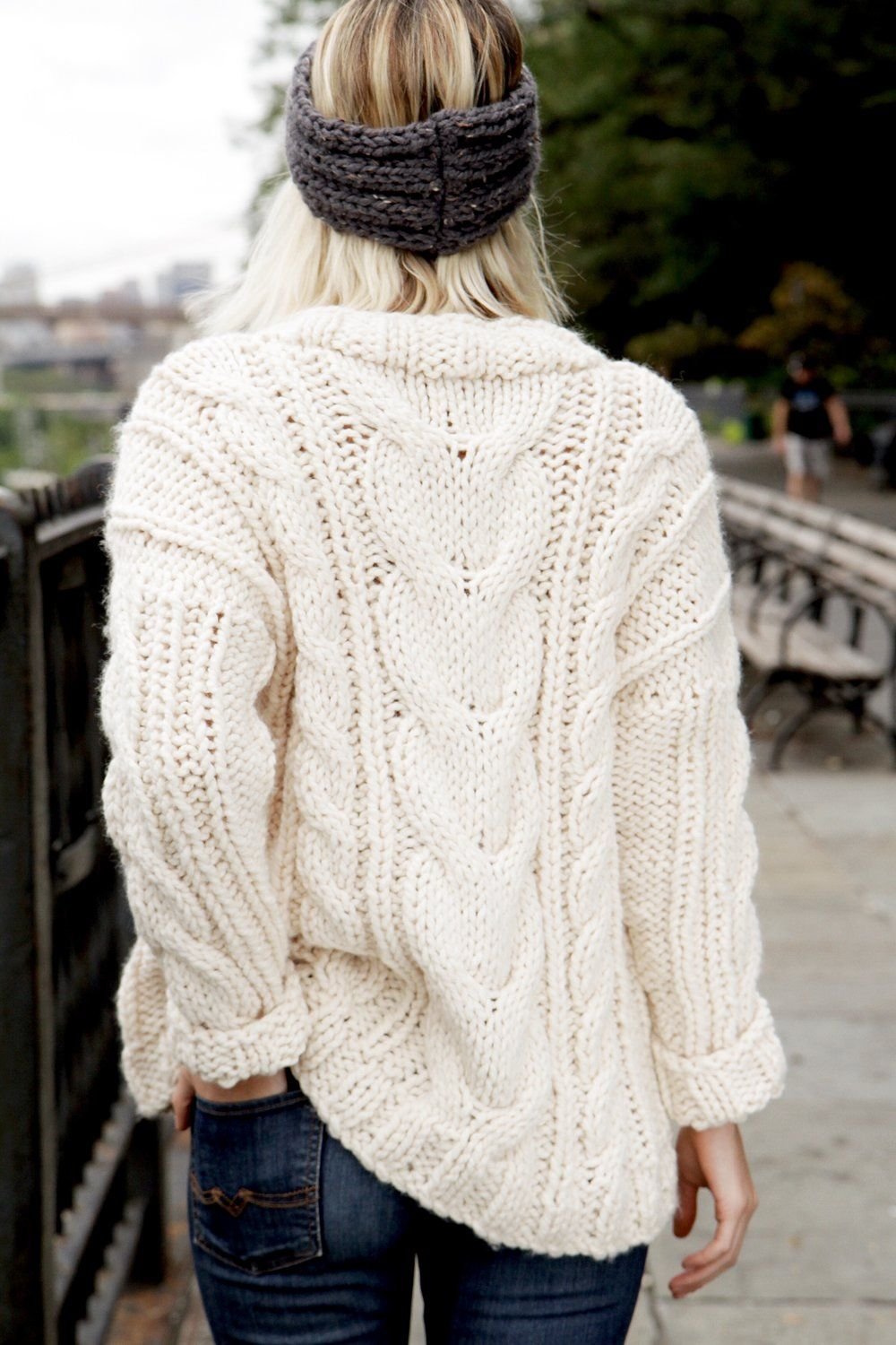 Alpine Cable Pullover Pattern | Pullover, Knit cardigan ...
