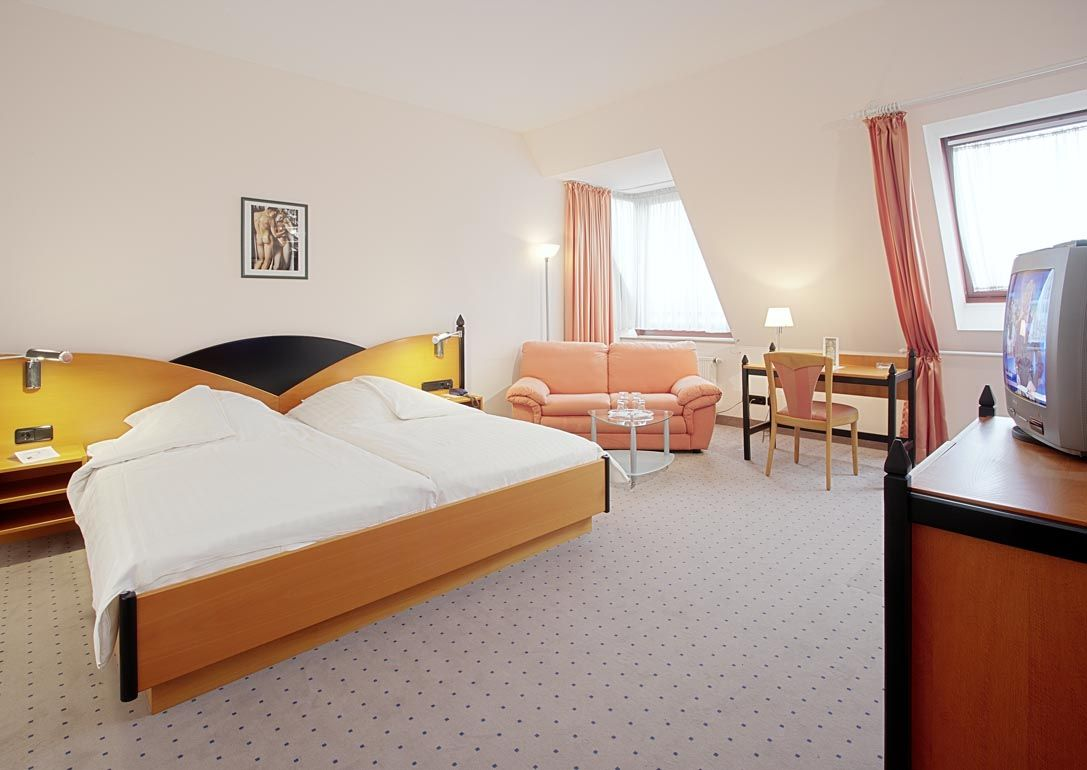the standard double rooms of the hotel in the center of kassel are