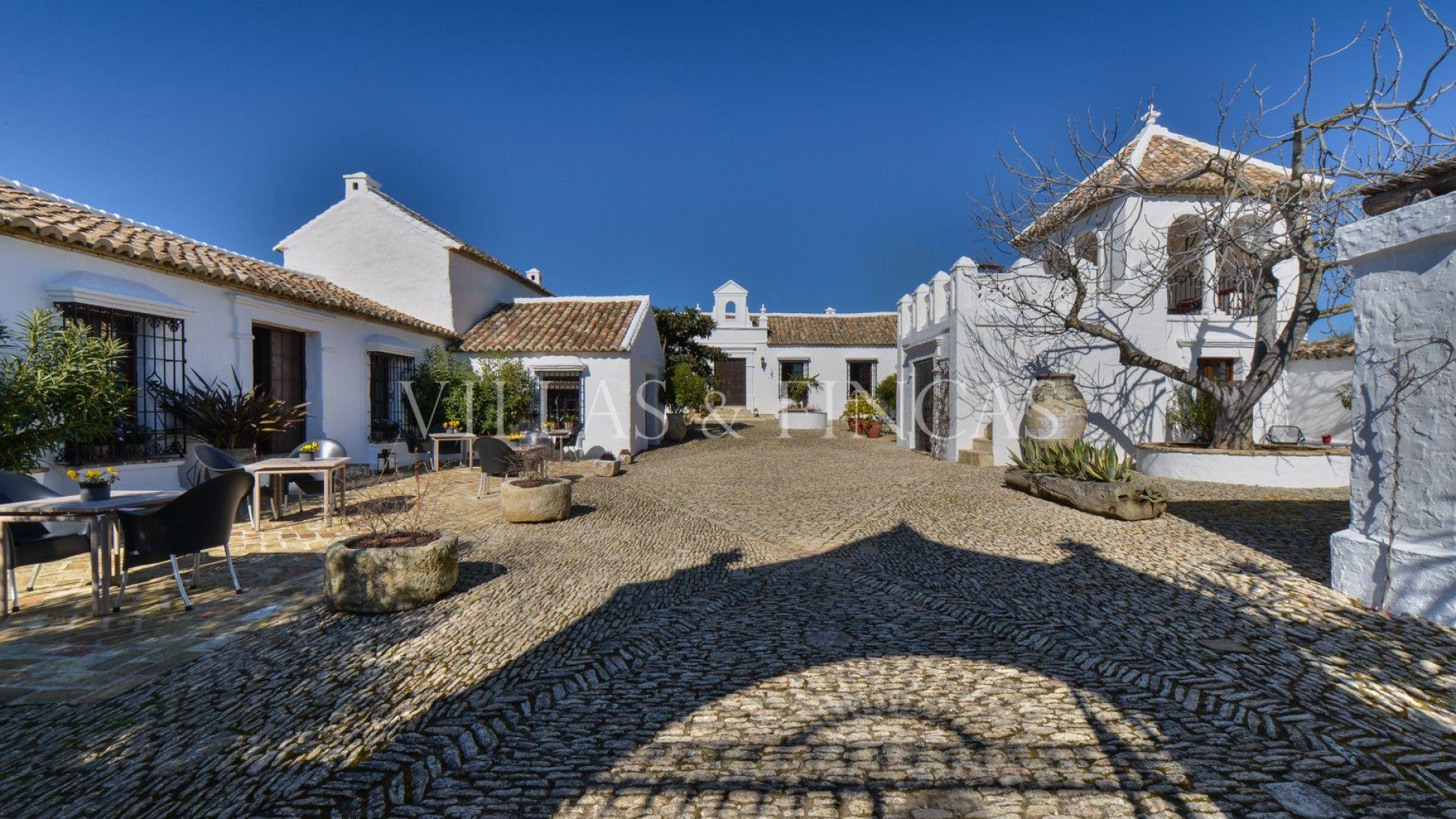 Cortijo espectacular en Andalucía, Ronda | Cortijos en venta, Casas ...