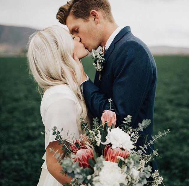 Mountain musing natural wedding details pinterest romantic hair junglespirit Image collections