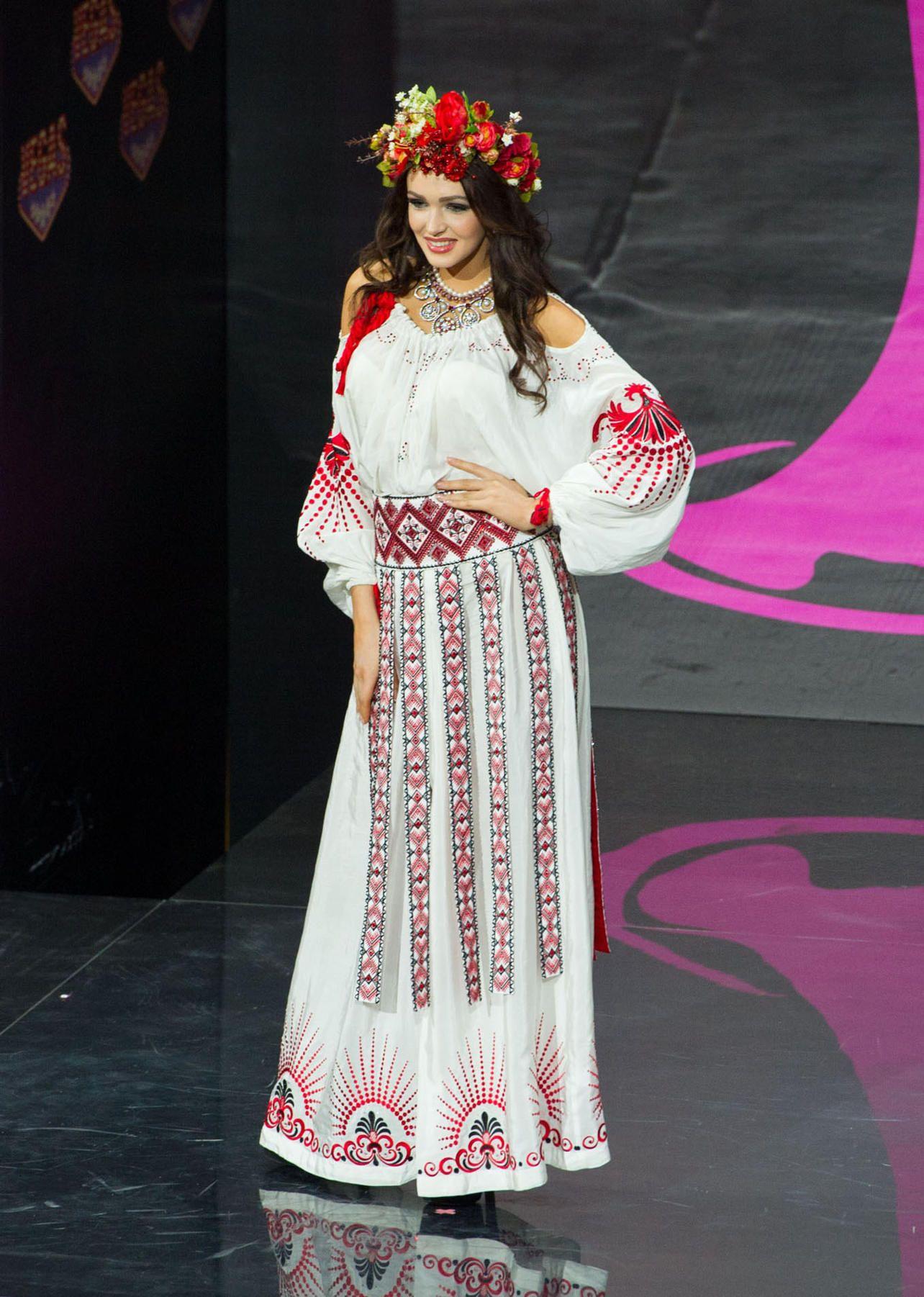 2013MISS UNIVERSE NATIONAL COSTUME CONTEST MISS UKRAINE