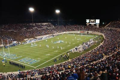 Falcon Fans Fill The Stadium Air Force Academy Falcons Fan Soccer Field
