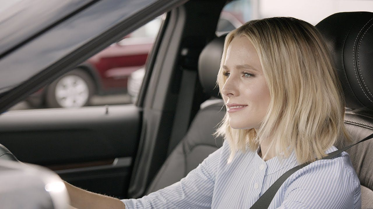 """Kristen Bell and the """"Mom Check"""" Enterprise Car Sales"""