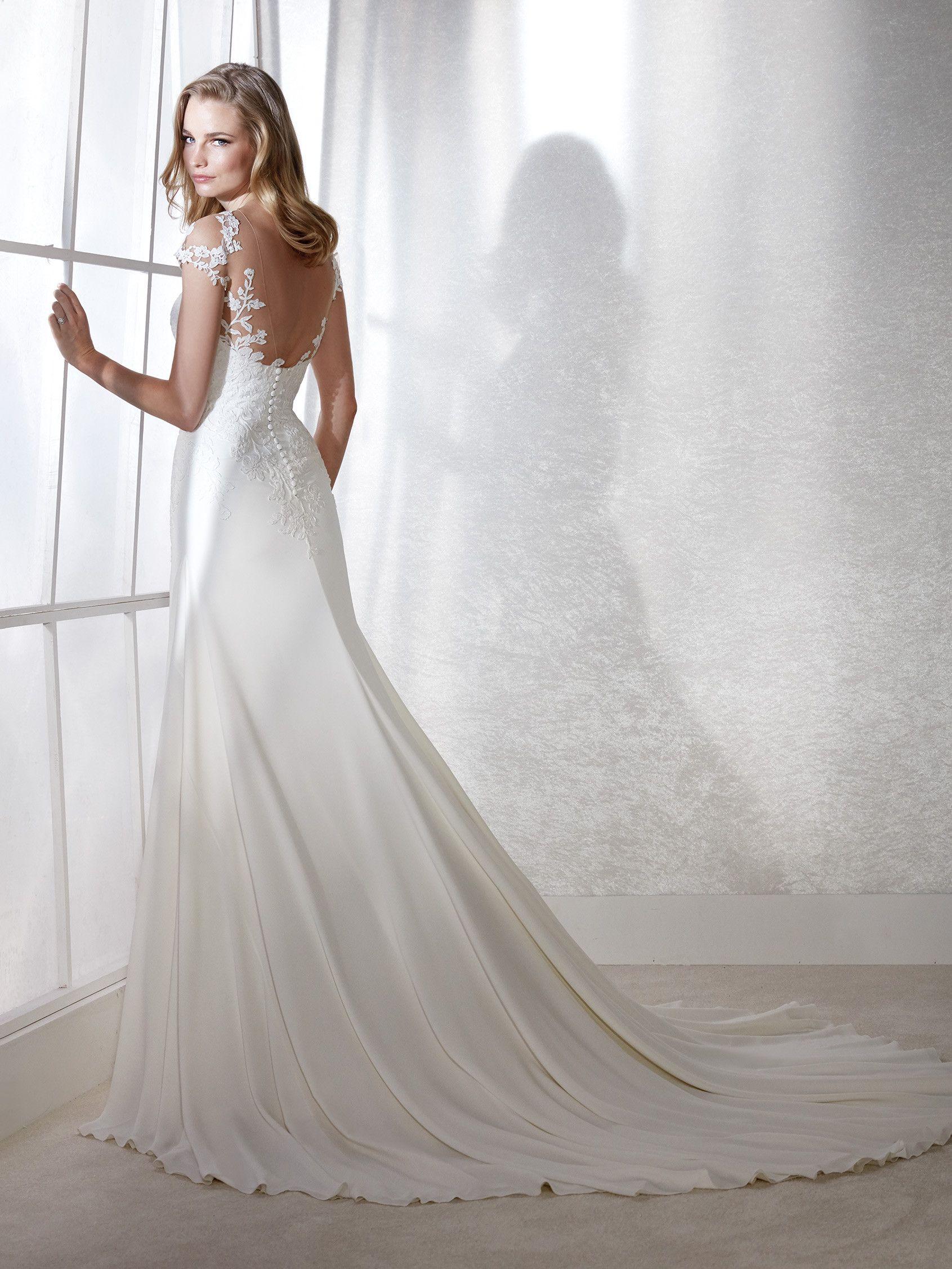 590a9e2716 FINLANDIA illusions Wedding Dress Trends
