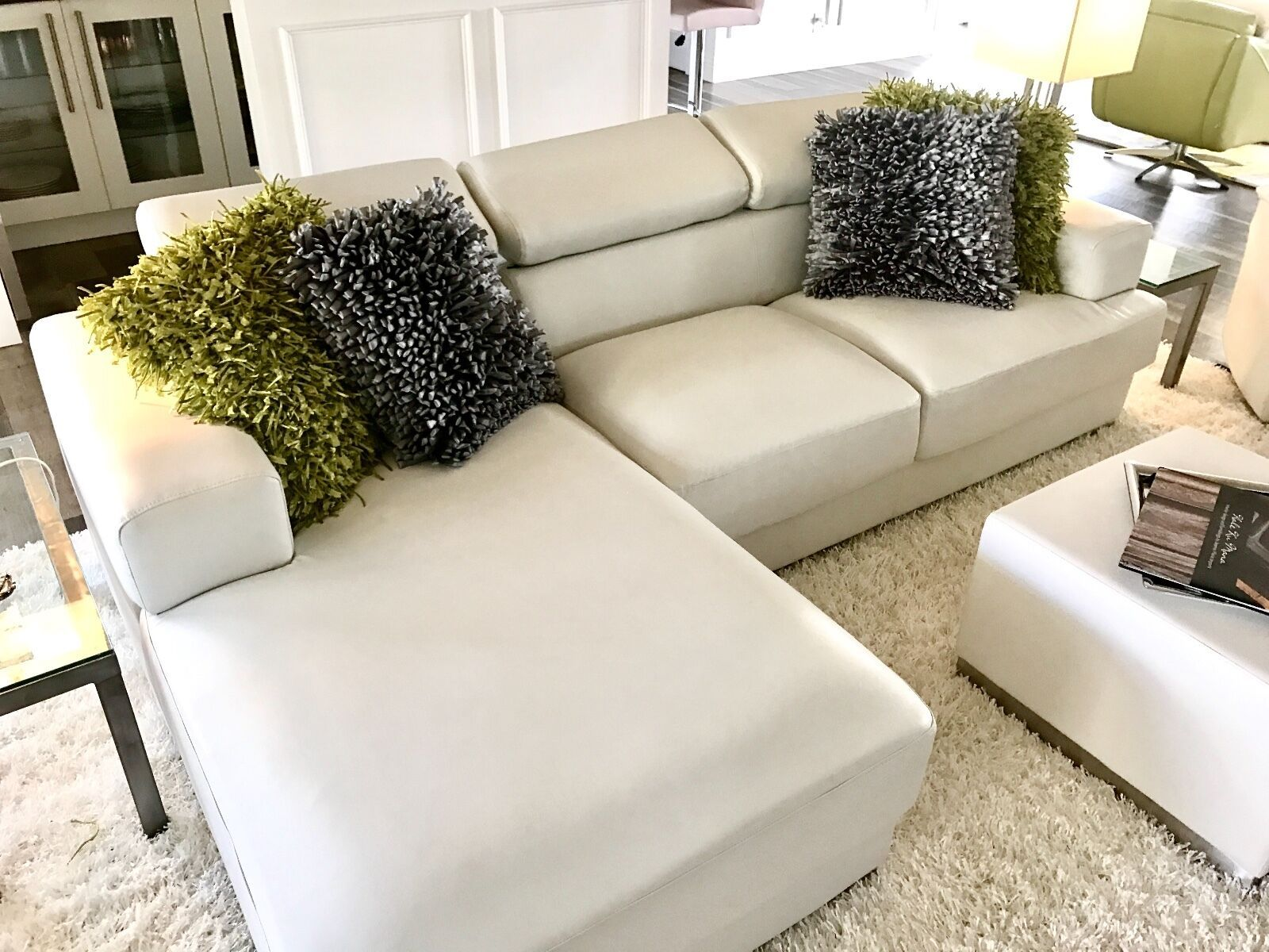 New Bonded White Leather Sofa With Chase For Sale White Sofa Ideas Of White Sofa Whitesofa Sofa With Images Best Leather Sofa White Leather Sofas Leather Sofa Bed