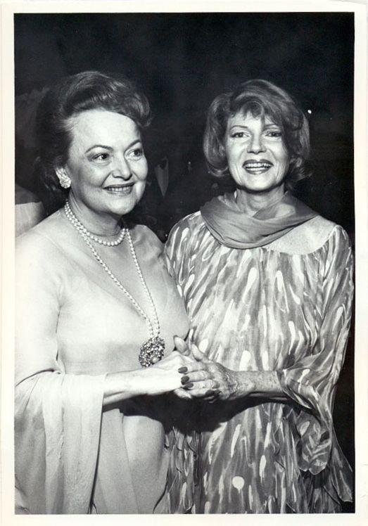 Rita hayworth olivia de haviland 1979 rita hayworth pinterest c l brit s - Orson et olivia ...