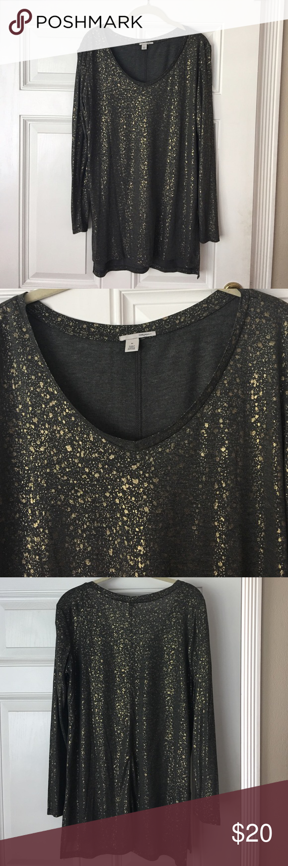 Long sleeve Lightweight Tunic Halogen Long Sleeve Lightweight Tunic in Charcoal Foil from Nordstrom. Only worn once. Excellent shape. Halogen Tops Tunics