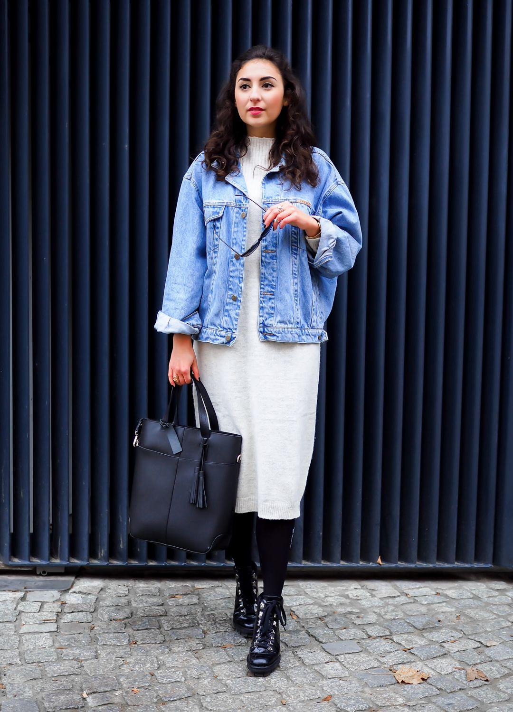 Strickkleid mit jeansjacke kombinieren  Modische Damenkleider