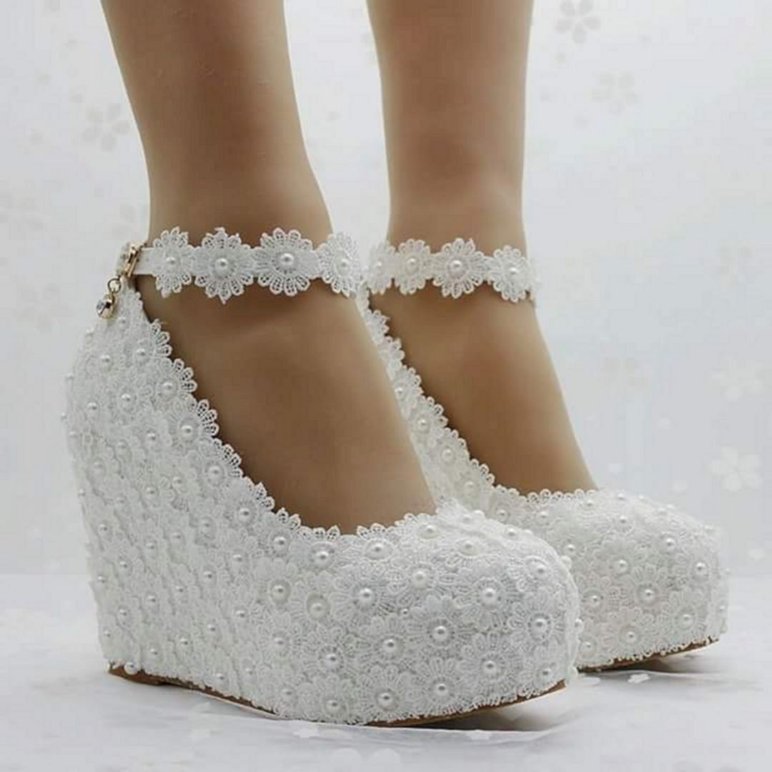 Best 30 Beautiful Wedding Shoes Wedge For Bride Https Oosile Com 30 Beautiful Wedding Shoes Wedge Wedge Wedding Shoes Fun Wedding Shoes Bridal Shoes Wedges
