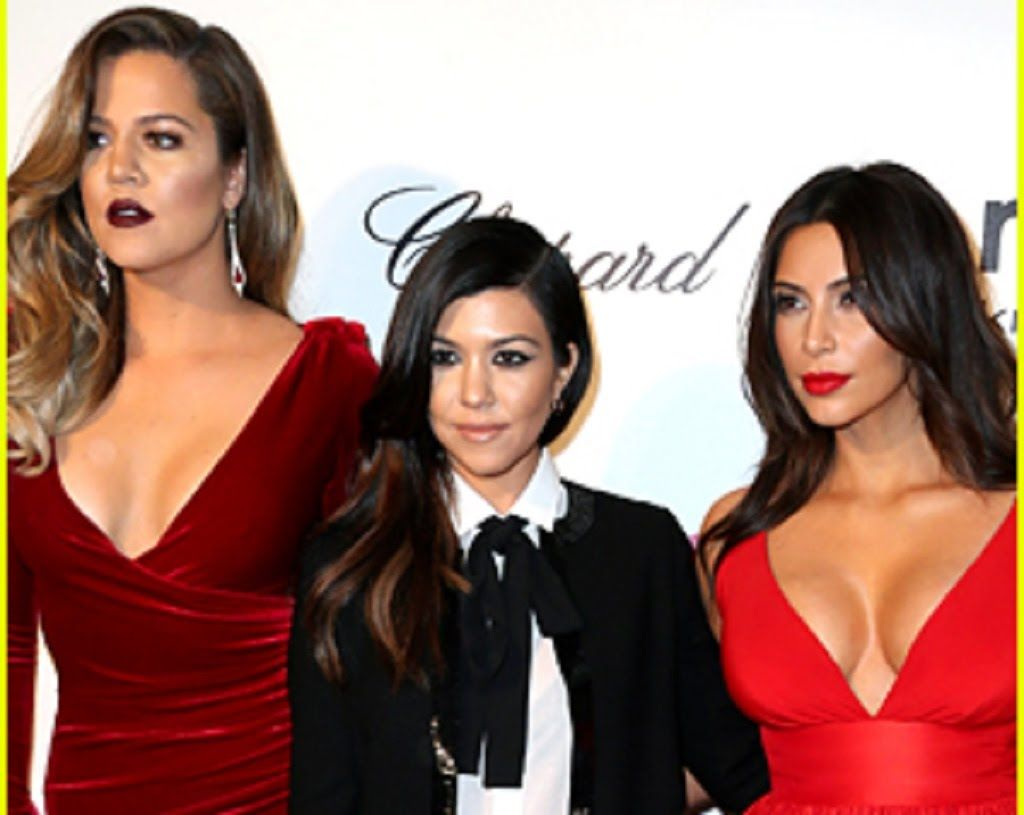 Khloe Kardashian Dishes on Her Sisters' Pubic Hair Situations