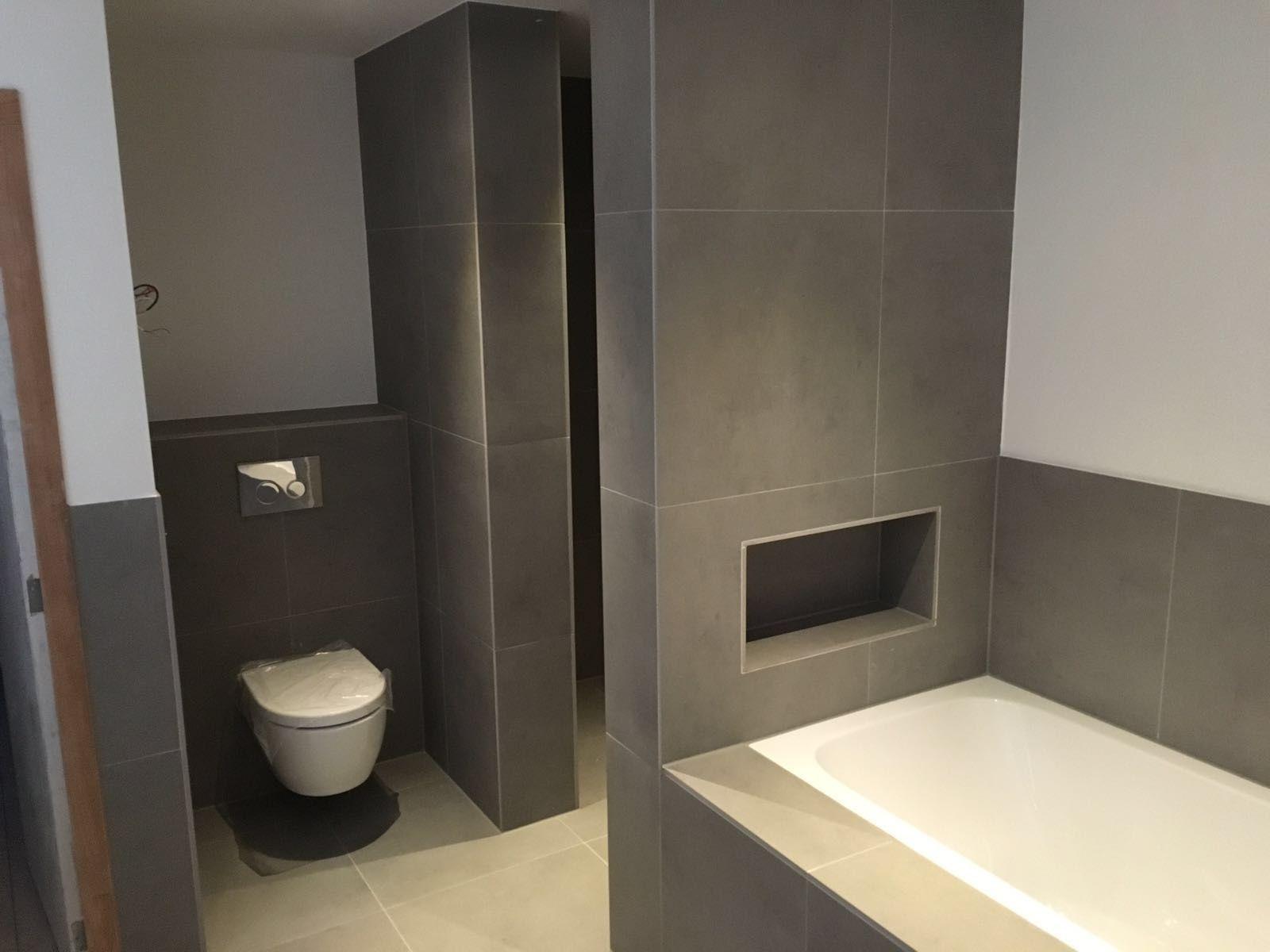 Betonlook Tegels Badkamer : Terratinta betontech grey betonlook tegels in de badkamer