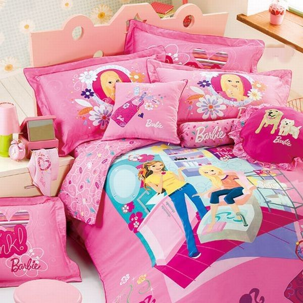 32 Dreamy Bedroom Designs For Your Little Princess: Refreshing And Lively Barbie Bed Sheet Wins You Over