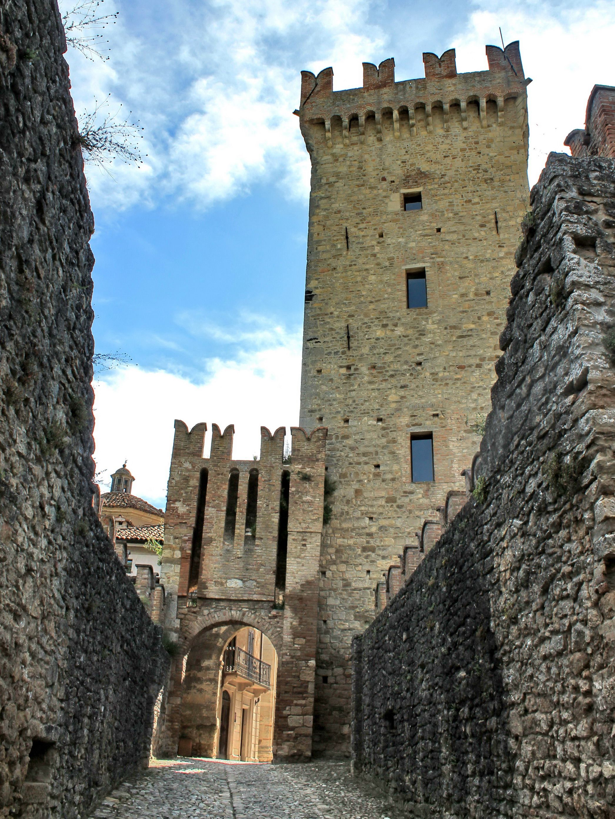 VIGOLENO (Emilia-Romagna) - Italy - by Guido Tosatto