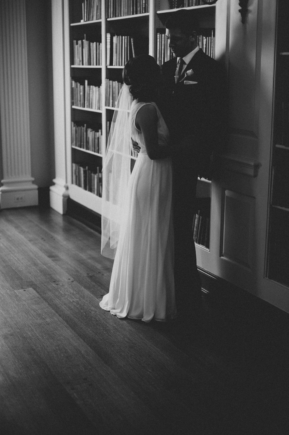 A Timeless Shot In Lovett Library Destination Wedding