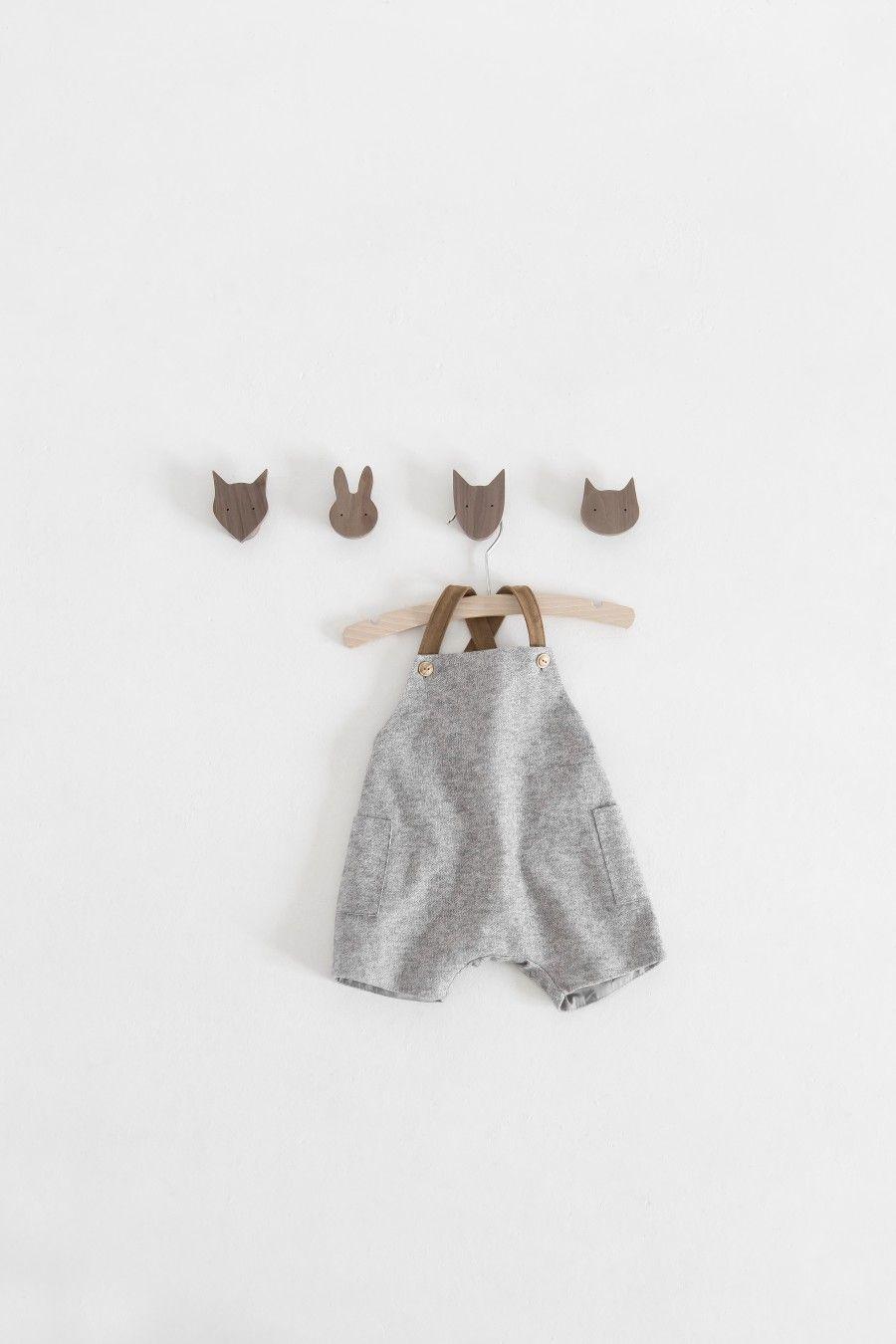 Zara mini lookbook porte manteau enfant manteau enfant et portemanteaux - Cintre vetement bebe ...