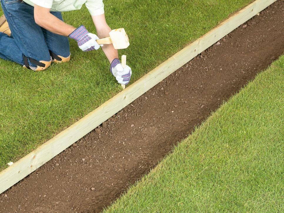 How to Lay a Brick Pathway | Brick pathway, Gravel garden ...