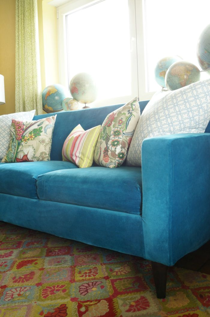 Finally A Blue Velvet Sofa Ikea Ing The House Blue Velvet Sofa Blue Curtains Living Room