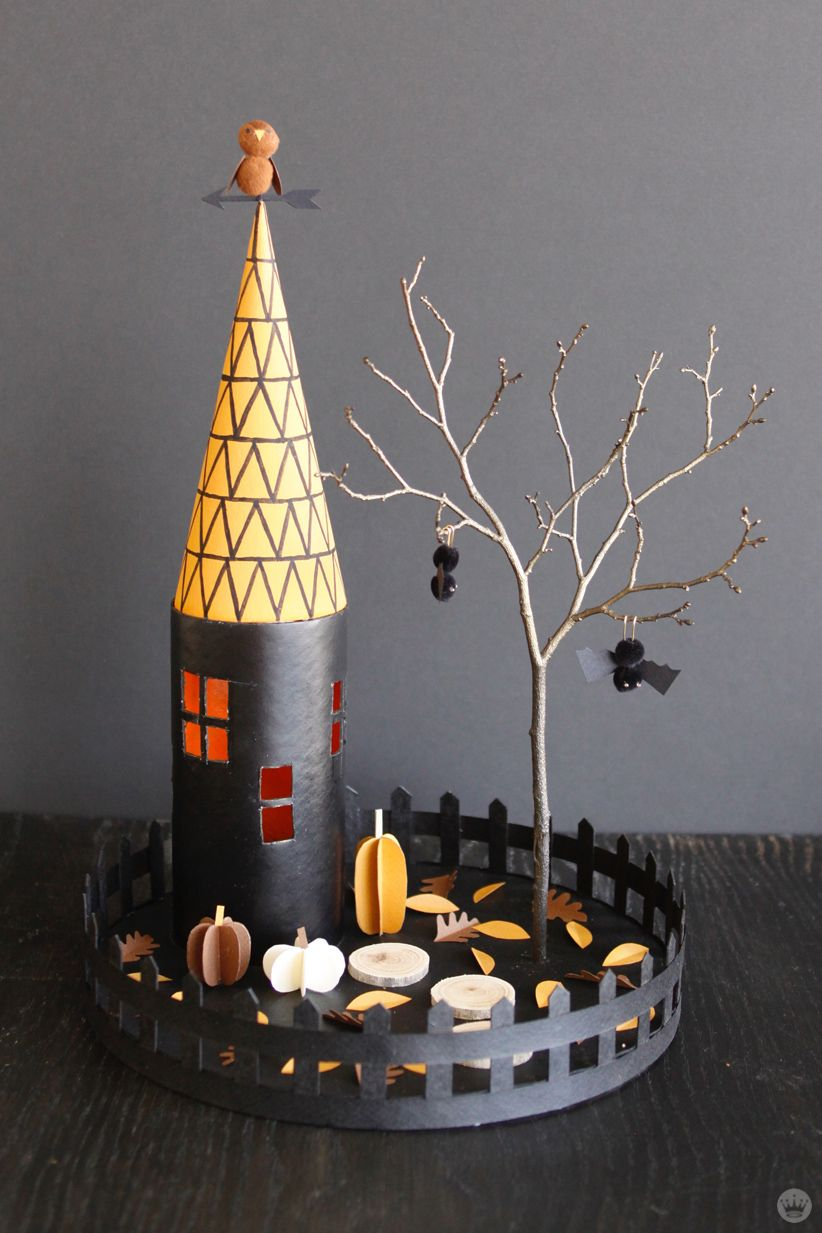 Make your own Halloween decorations Miniature haunted houses - halloween house decoration