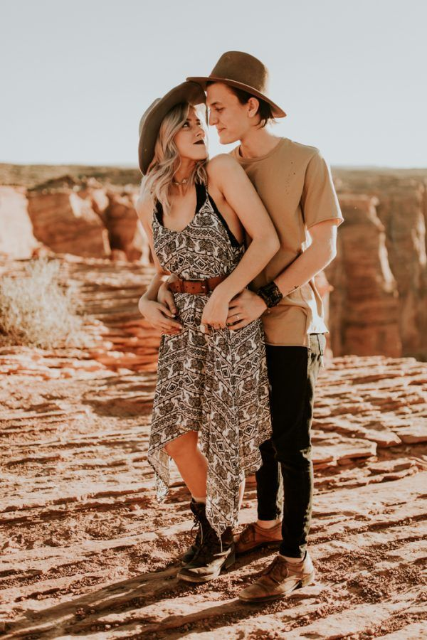 Jaw-Dropping Destination Engagement Session at Horseshoe Bend
