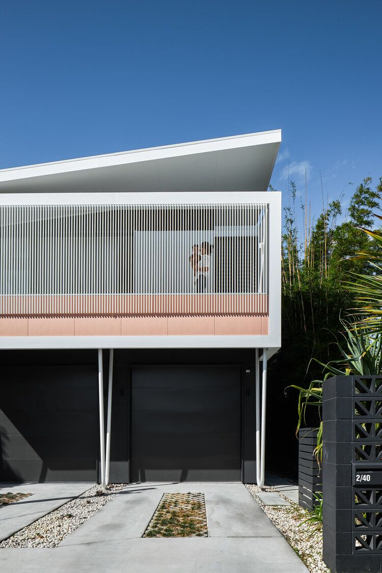 Twin Palms — Andy Macpherson — Architectural Photo