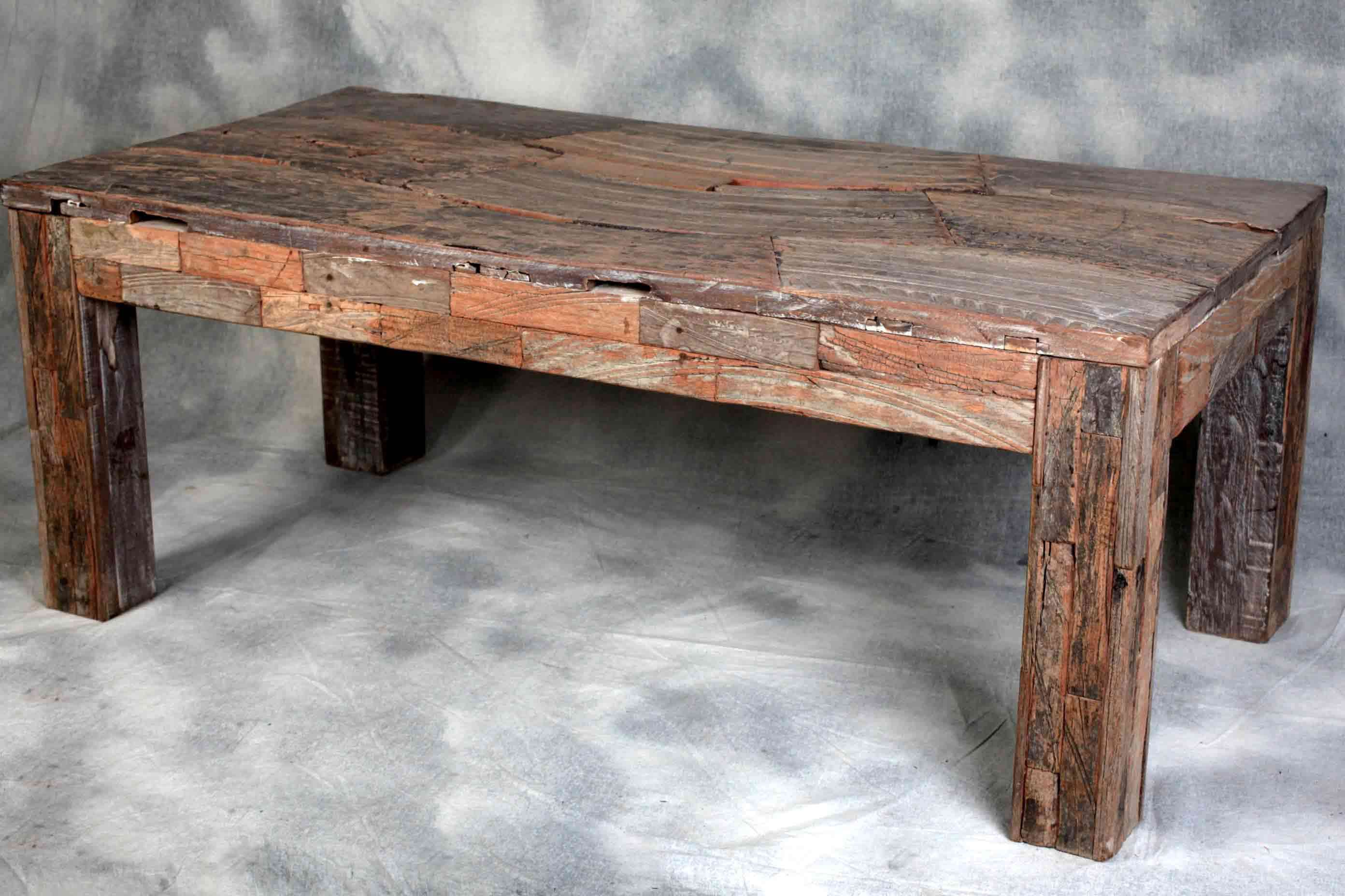 RC334 Dining table wooden wagon wheel coffee table This table