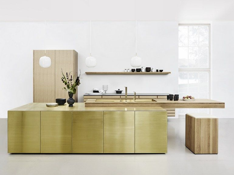 Solid Wood Kitchen With Push To Open Doors Form 45 Brass By