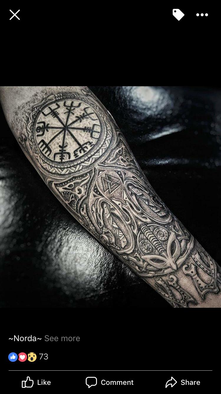 Pin De At Arg En Tatuajes Tatuaje De Runas Tatuajes Vikingos Y