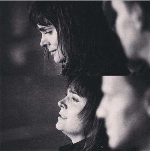 Image via We Heart It #beautiful #blackandwhite #bones #booth #couple #cry #heart #pretty #series #tears #brennan #makeyoufeelmylove #bonestv #seeleybooth #temperancebrennan
