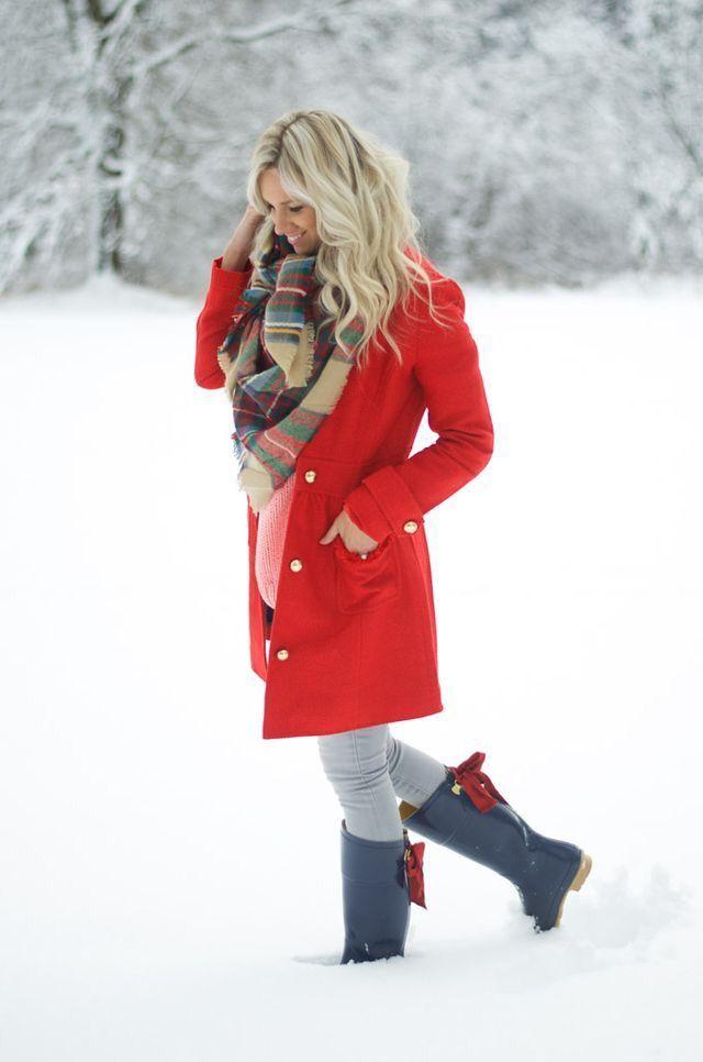 Plaid scarf + red coat.