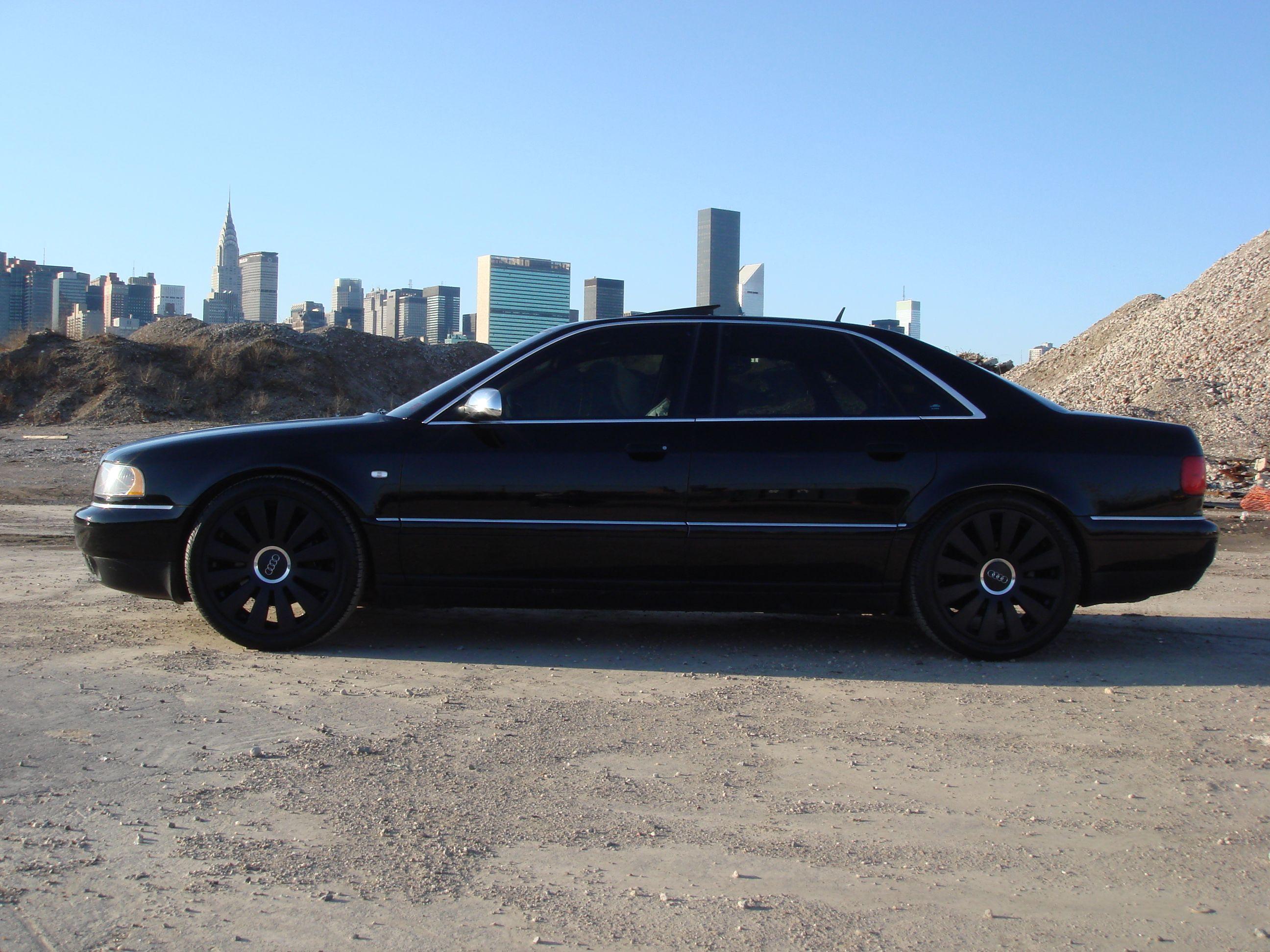 Black Audi S8 D2 5