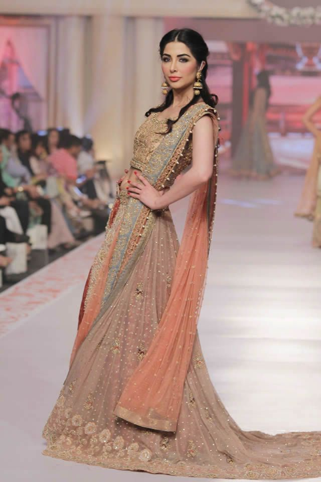 fba8266b3a Tea pink lehenga | Women's fashion | Pakistani couture, Pakistani ...