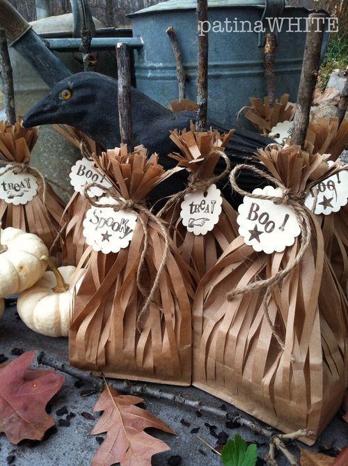 sweep up a SWEET treat sac {HOW 2} Martha stewart, Goodie bags and Bag - martha stewart halloween ideas