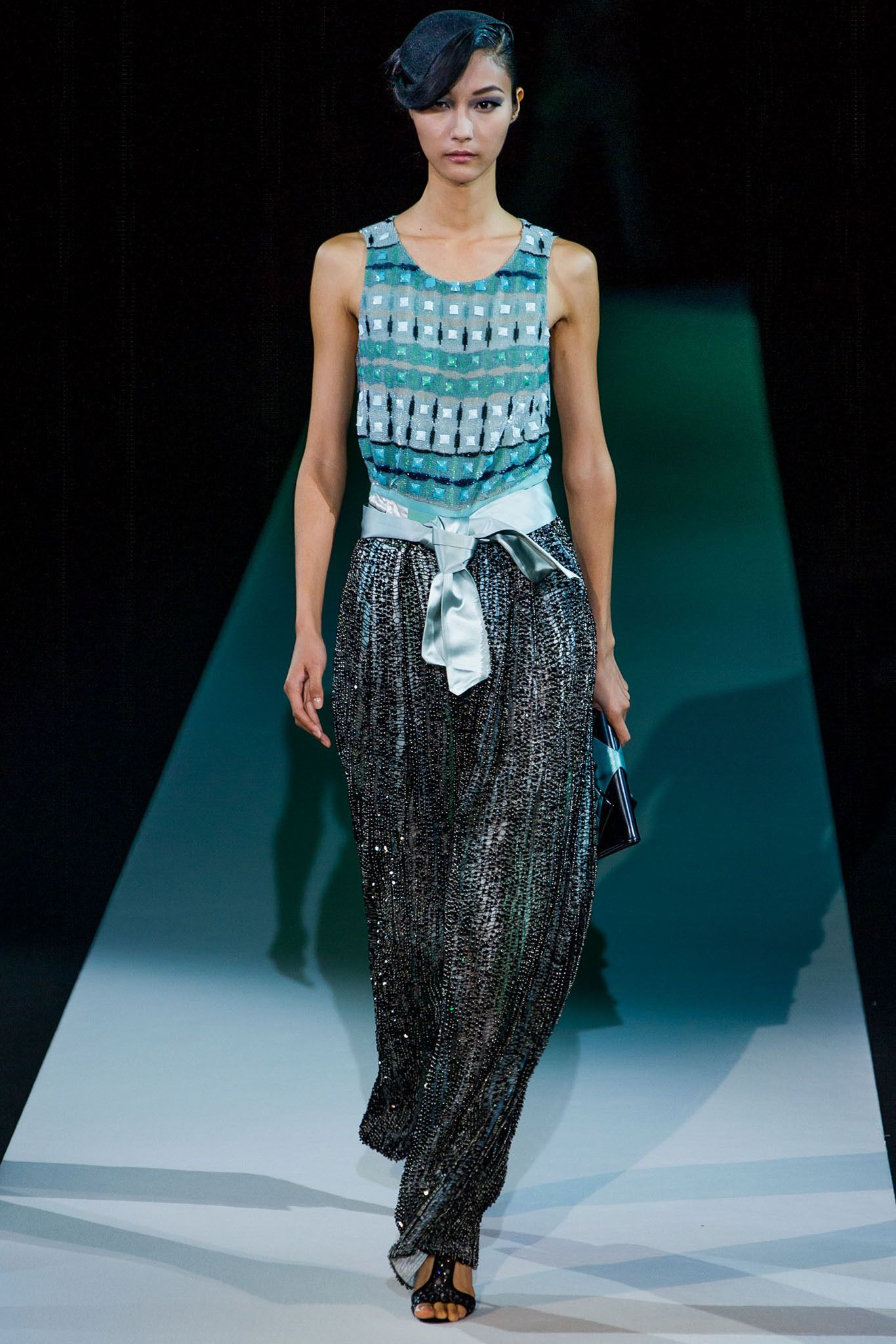 Giorgio Armani Spring 2013 Ready-to-Wear - Collection - Gallery - Style.com