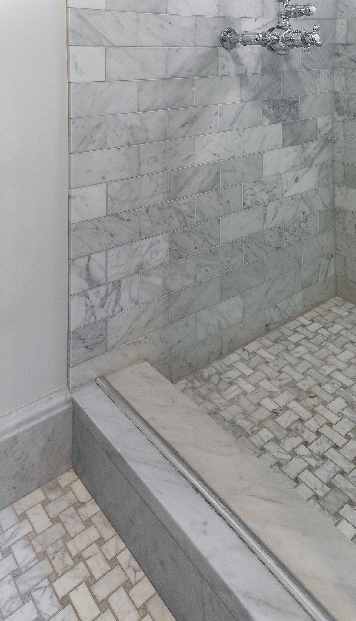 Guest Bathroom With Grey Subway Tile Shower Walls And Basket Weave Tile Floor Mosaic Tile Bathroom Floor White Mosaic Bathroom Bathroom Floor Tiles