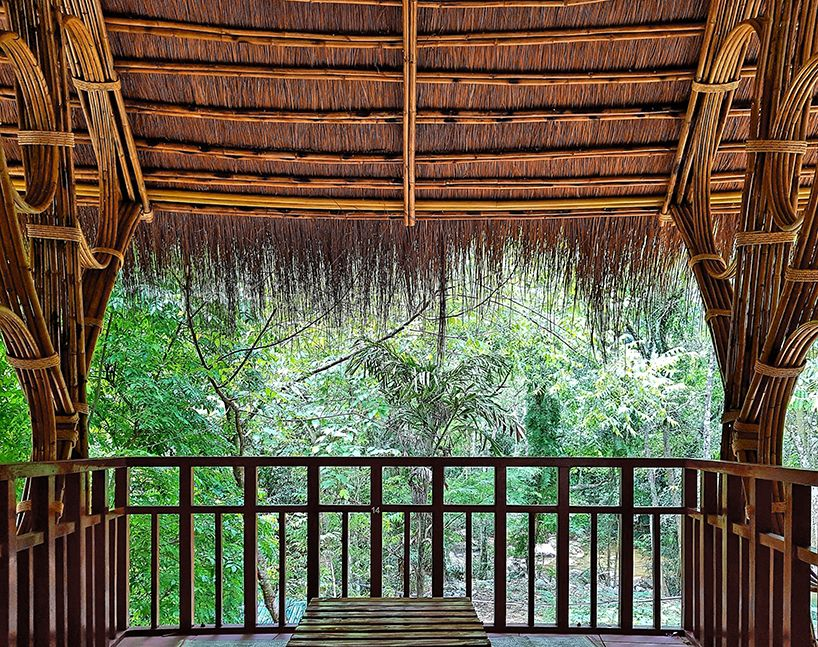 Rau Arch Manipulates Bamboo In Moọc Spring Building In Vietnam Roof Shingles Roof Architecture Architecture
