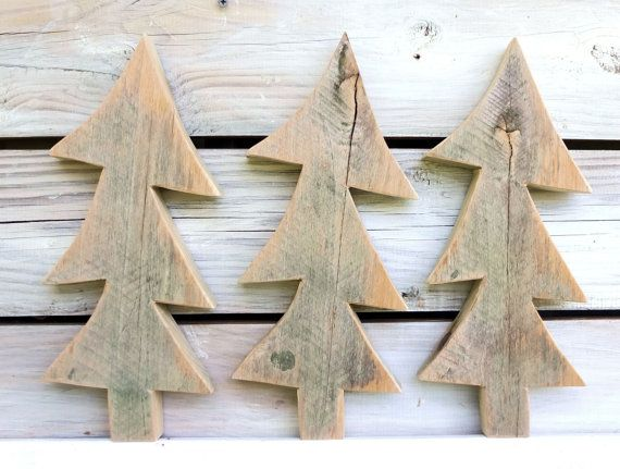Rustic Barn Wood Tree Cutouts Set Of 3 Primitive By Souvenirfarm 24 00 Souvenirfarm Com Decorazioni Natalizie Decorazioni Oggetti