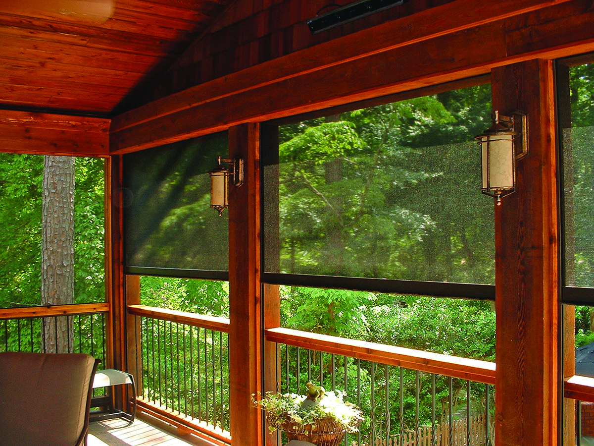 4 7 Screen In Any Area With The Flexibility Of The Sierra 800 Retractable Screen T His Sy Screened In Porch Diy Retractable Screen Porch Retractable Screen