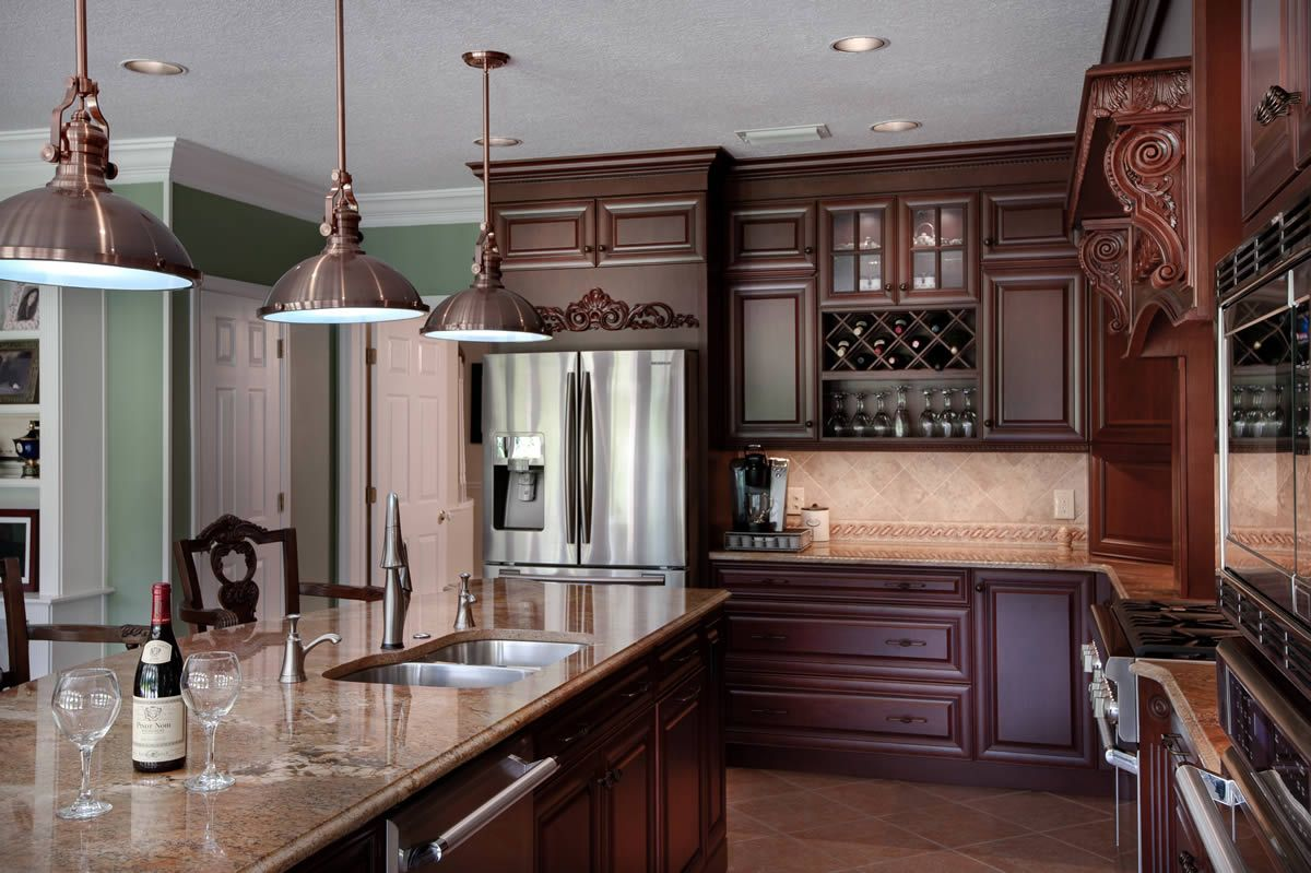 Cocinas Marrones Dark Brown Cabinets With Light Brown Kitchen Counters And