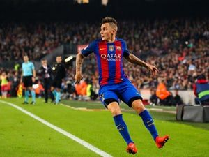 Lucas Digne: 'Lionel Messi proves he is world's best every day' #Barcelona #Football #309933
