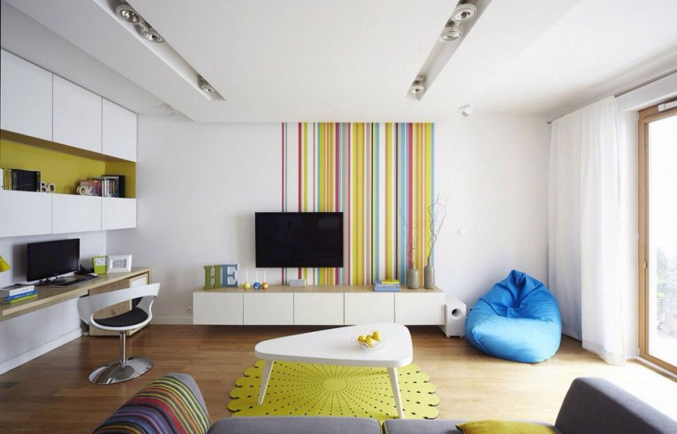 Wall stripes #color