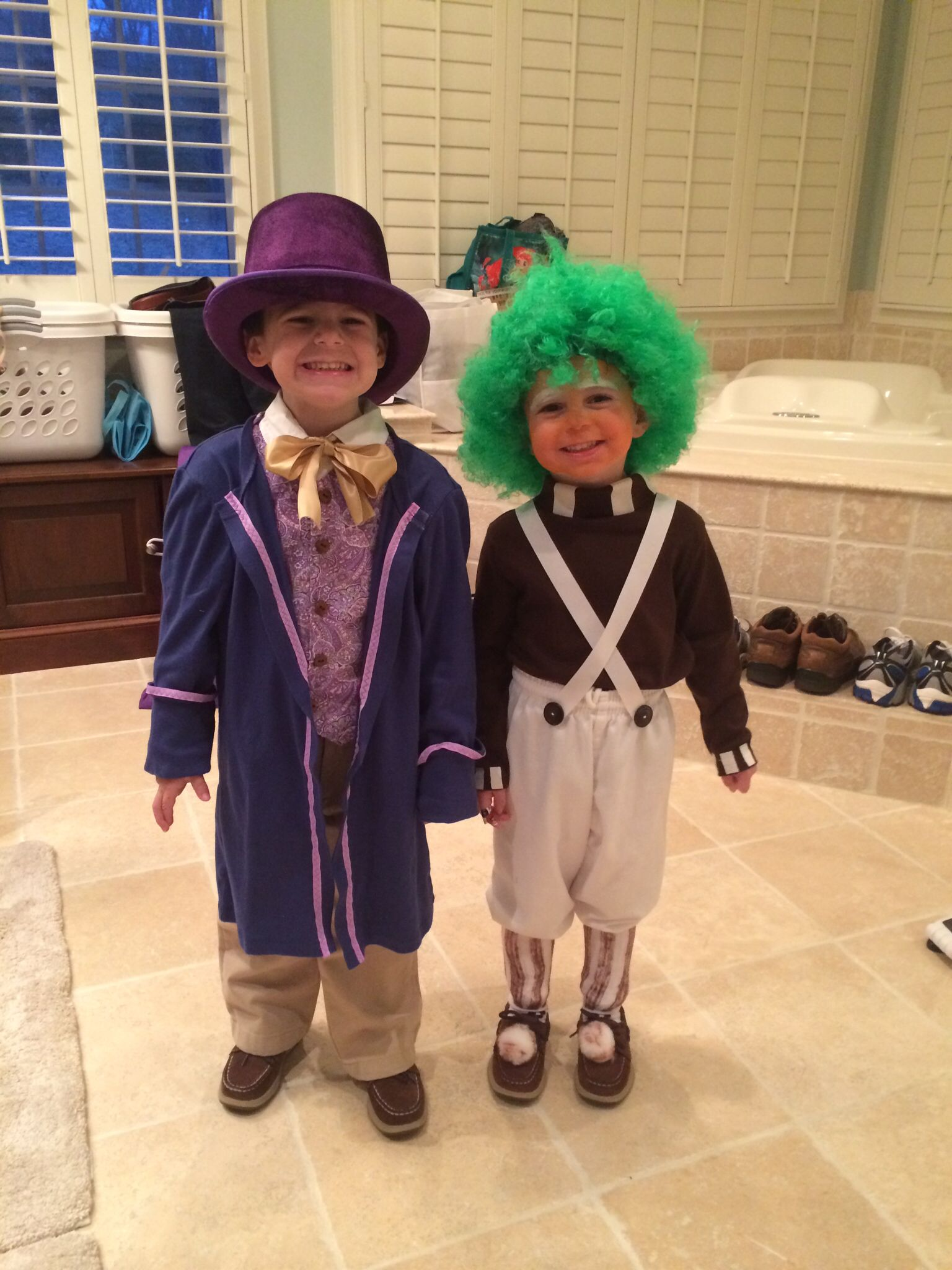 Willy Wonka and Oompa Loompa costumes for kids Wonka jacket is a ...