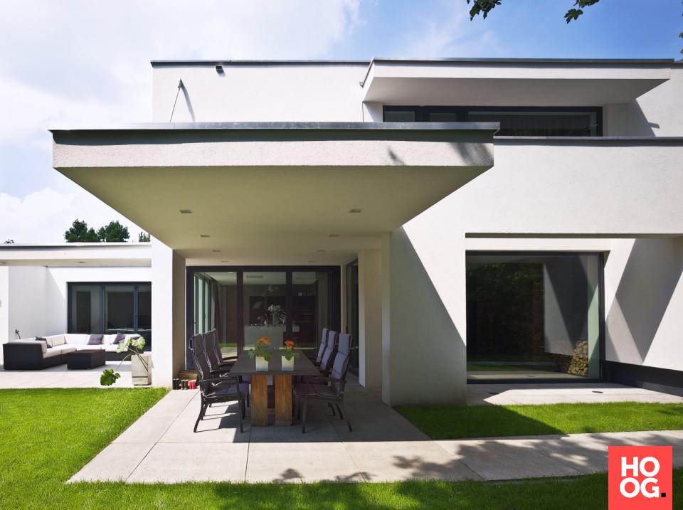 Strak modern huis veranda ideas outdoor veranda interieur
