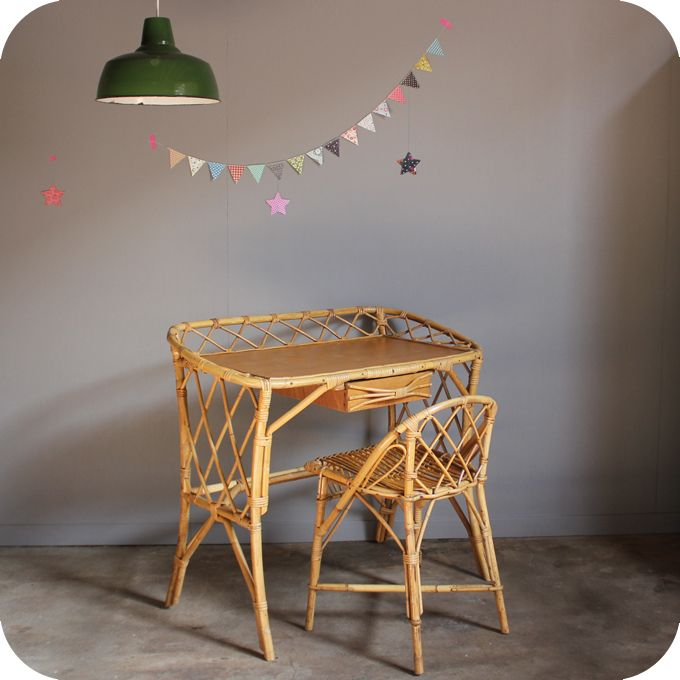 bureau vintage rotin c251 vintage pinterest rotin mobilier de salon et meuble rotin. Black Bedroom Furniture Sets. Home Design Ideas