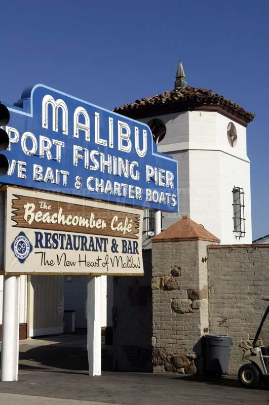 Malibu Pier And Malibu Lagoon State Beach Pictures Malibu Pier Malibu California Malibu