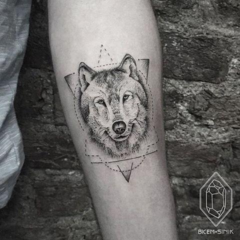Done by @bicemsinik  #whichinkilike #linework #blackwork #blackandwhite #tattoo #tattoogallery #blackwork #blacktattoo #goodtattoos  #bw #tattoos #tat #tatuaje #tattooed #tattooartist #tattooart #tattoolife #tattoodesign #tattooist #best #awesome #ink #art #design #artist #illustration #bicemsinik_wiil