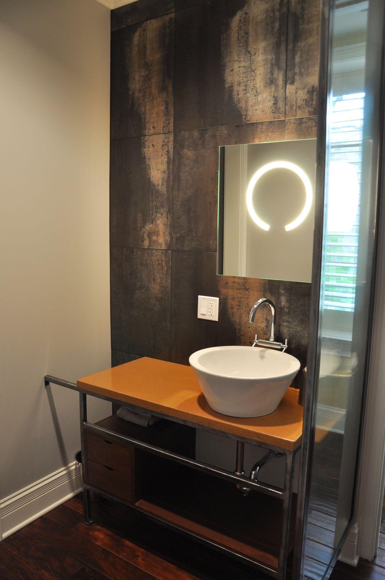 Halo Mirror by Edge Lighting   Norsman Architects   • PORTFOLIO ...