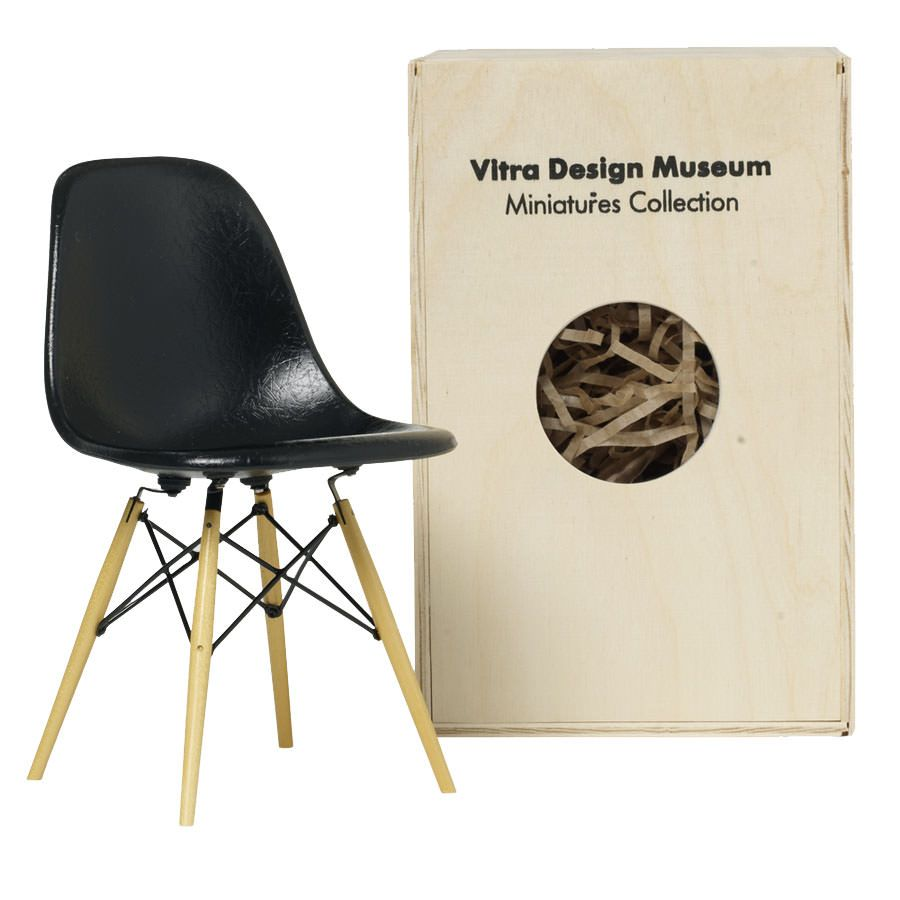 Chaise Design Miniature Vitra Miniatures Dsw Open Box Floor Sample Graphic