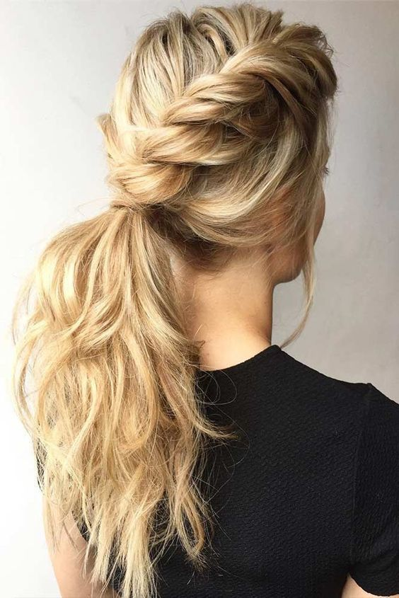 30 Gorgeous Christmas Hairstyles To Brighten Your Holidays Easy Hairstyles Easy Hairstyles For Long Hair Cool Hairstyles