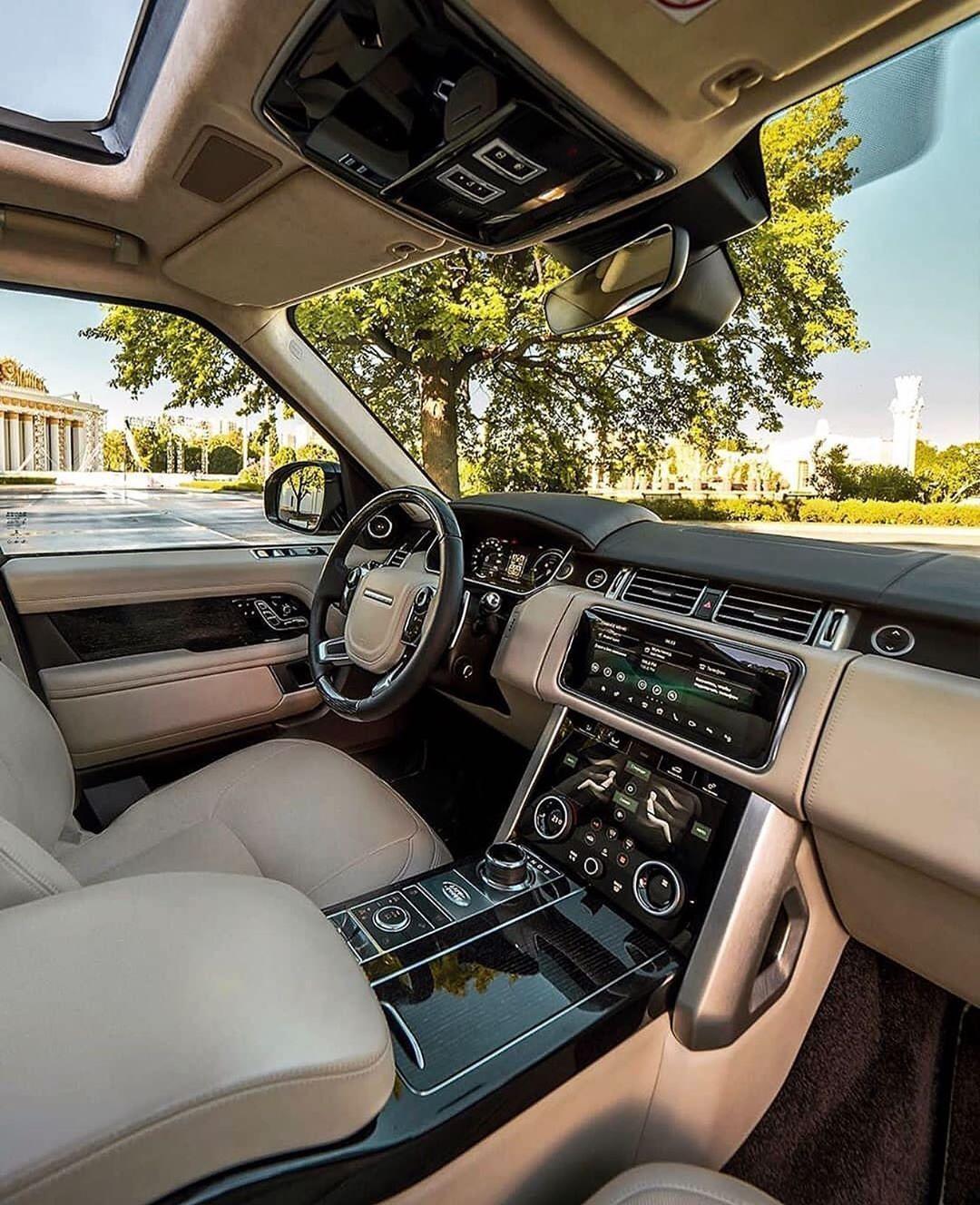 Land Rover Range Rover in 2020 Luxury cars range rover